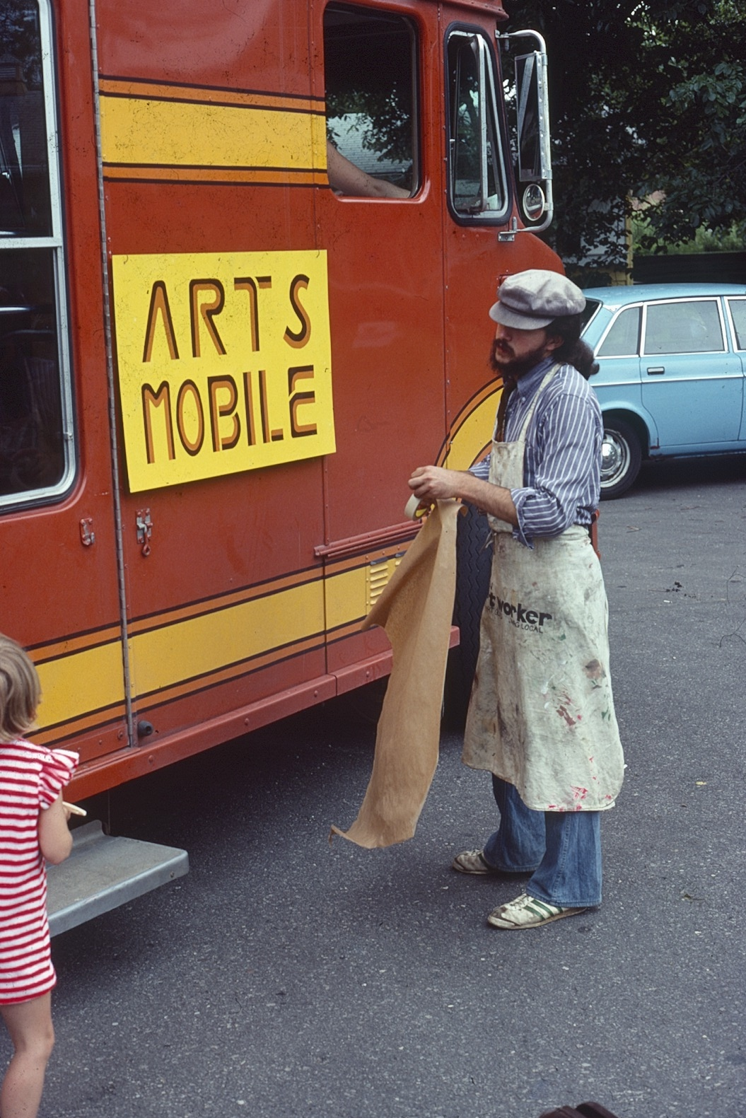 Arts Mobile and Artist
